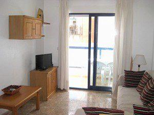 Playamarina 1 lounge & balcony