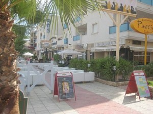 cabo-roig-strip