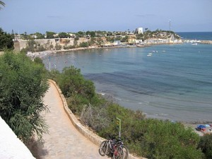 walking-in-cabo-roig-to-la-zenia