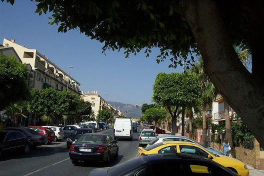 Avenida de los Reyes Católicos, Alhaurín de la Torre, España