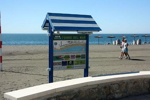 torre_del_mar_strandschild