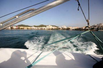 ferry-leaving-Ibiza