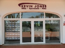 Kevin Jones Villas