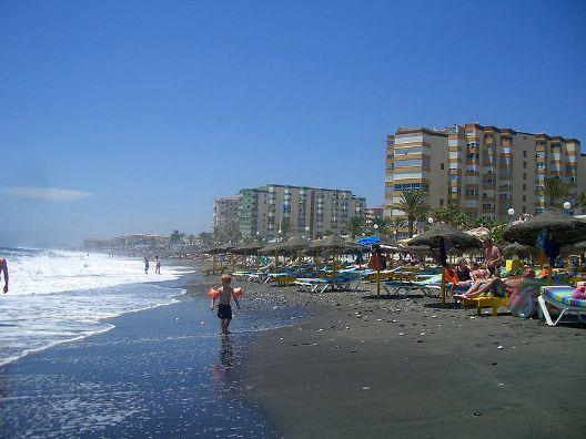 playa-en-torrox-costa