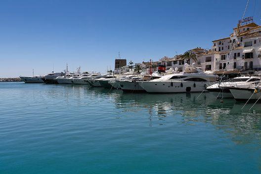 puerto_banus_marina_marbella_-_spain