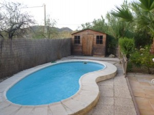 1-bed villa for long term rent