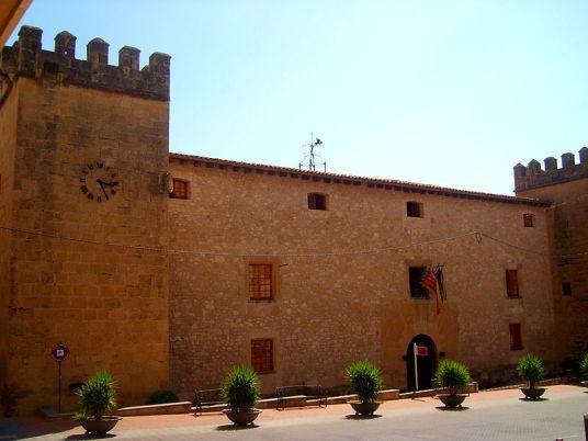 Palau Fortalesa del marqués de Dosaigües, o Palau municipal d'Onil