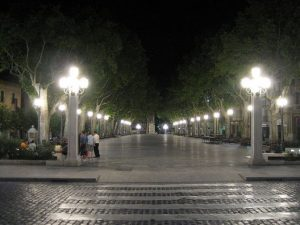 figueres_-_square_-_spain