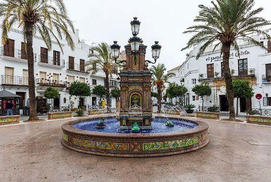 plaza_de_espana_vejer_de_la_frontera_cadiz_espana