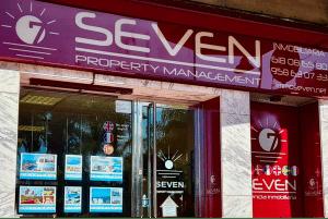 seven property management almunecar